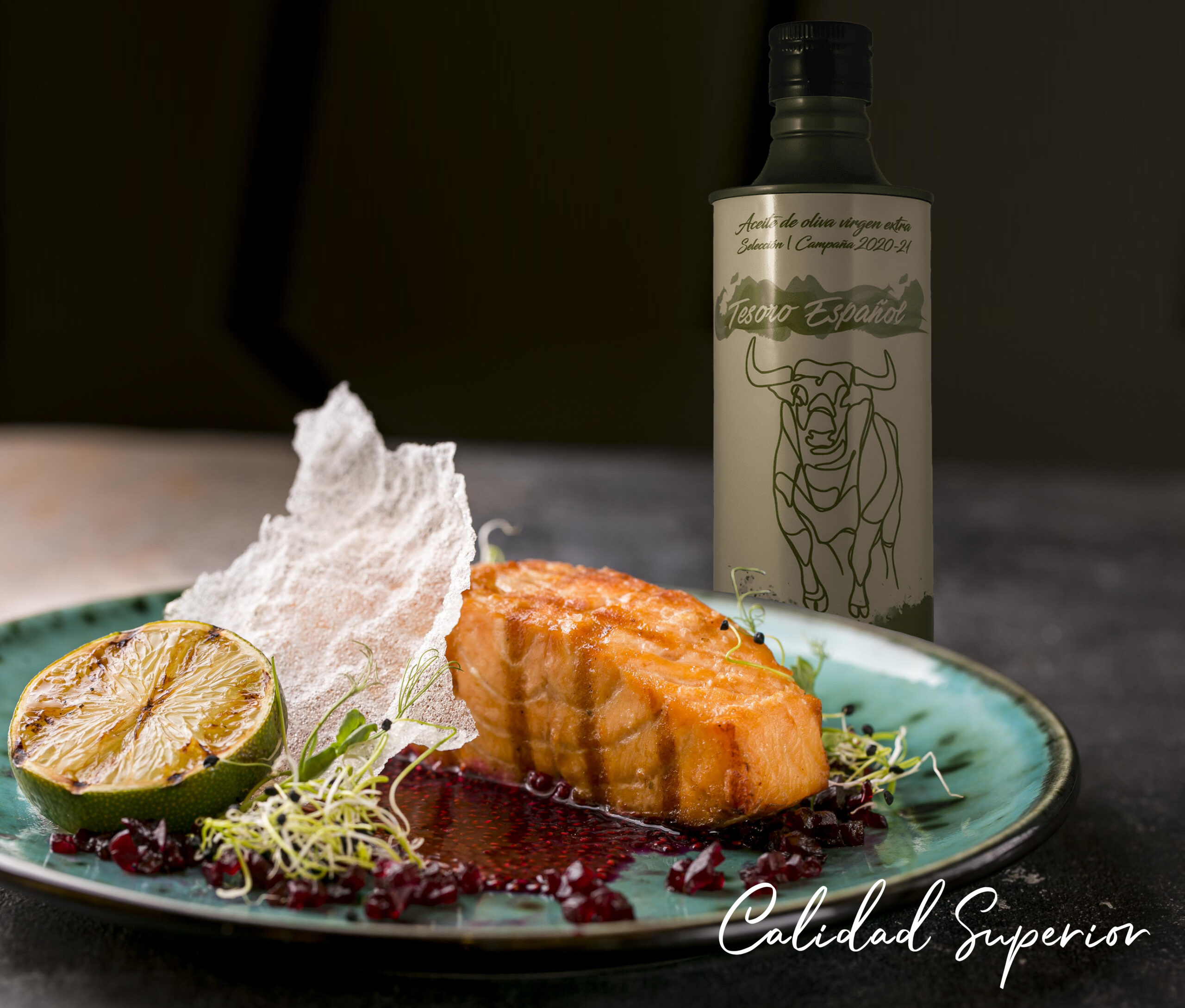 front-view-luxury-fish-dish